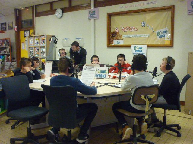 Hebdo 08 - Photo de l'équipe Scool Radio