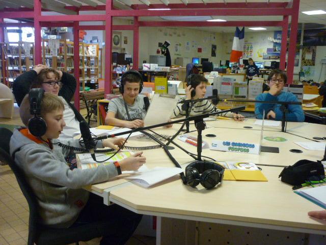 Hebdo 10 - Photo de l'équipe Scool Radio